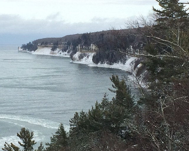 Lakeshore Climbs with shelf ice forming