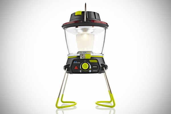 Goal-Zero-Lighthouse-250-Lantern-and-USB-Power-Hub